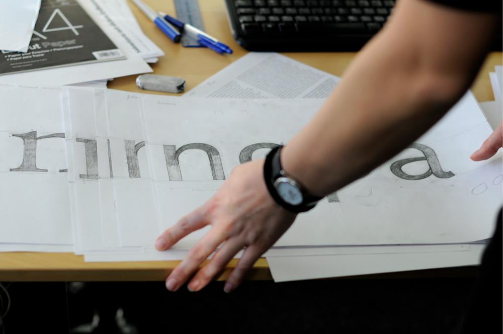 Dalton Magg checking drawn type